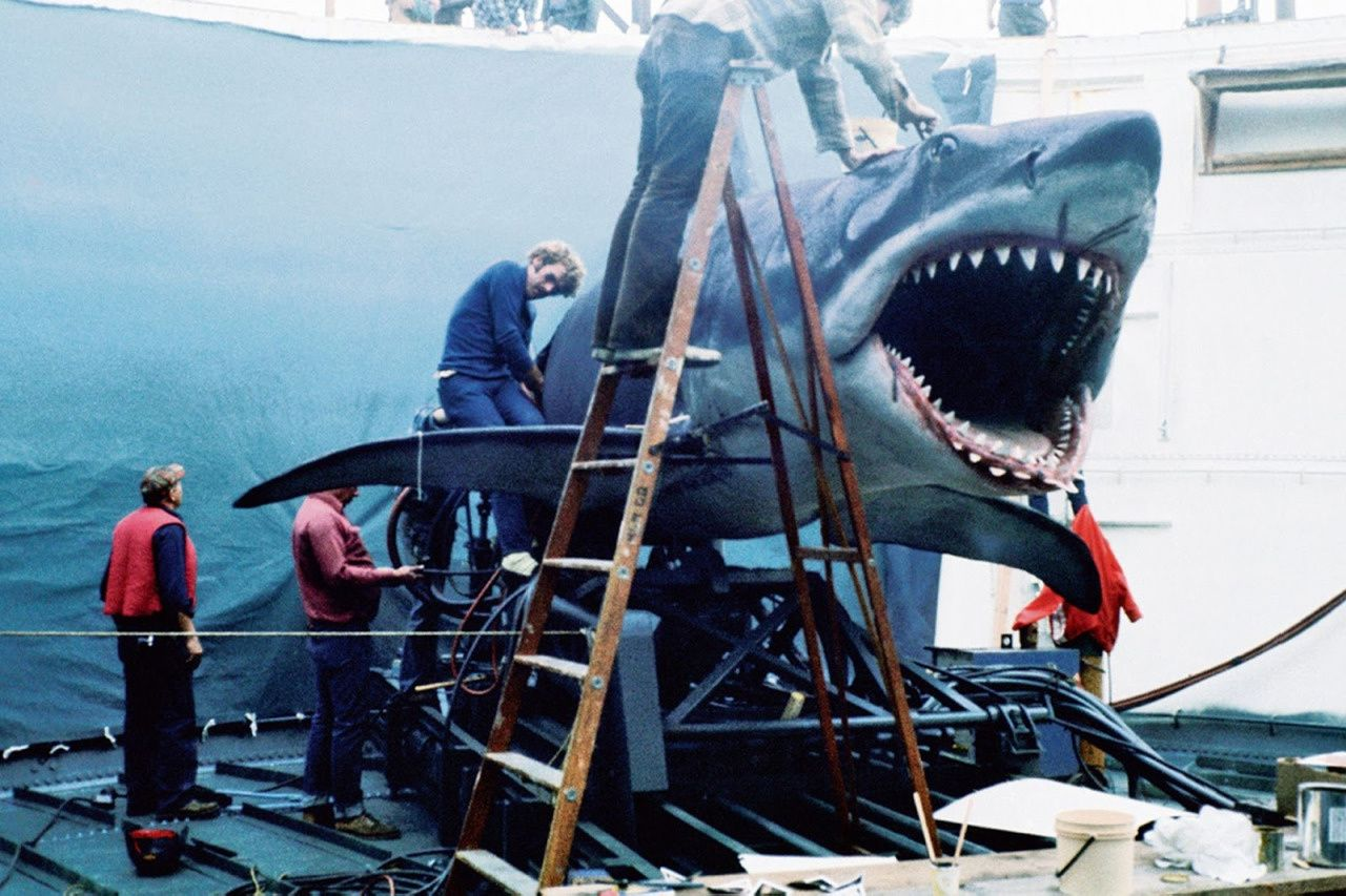 7 best Jaws behind the scenes photos
