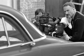 Director David Fincher on the set of Zodiac. Photo by Merrick Morton. Courtesy of Paramount Pictures