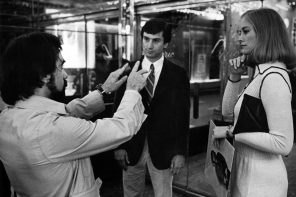 Martin Scorsese directs Robert De Niro and Cybill Shepard on the set of Taxi Driver. Photo credit: Ron Zarilla/Paul Kimatian