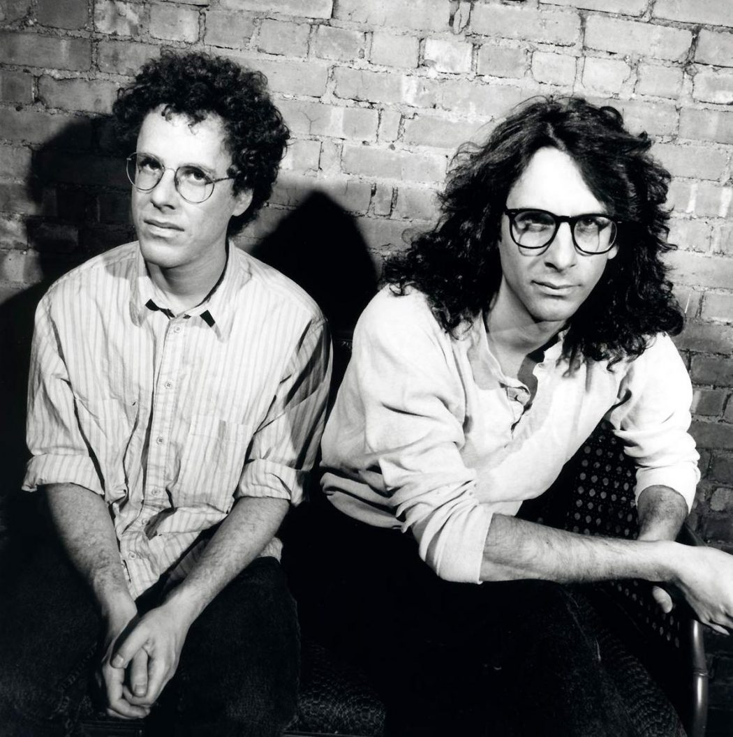 Joel & Ethan Coen on the set of Barton Fink, 1991. Production still photographer: Melinda Sue Gordon © Circle Films, Working Title Films