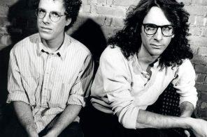 Joel & Ethan Coen on the set of Barton Fink, 1991. Production still photographer: Melinda Sue Gordon © Circle Films, Working Title Films