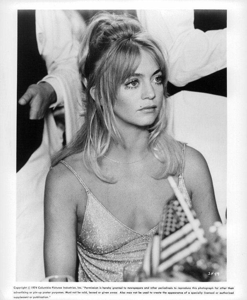 Nude Goldie Hawn