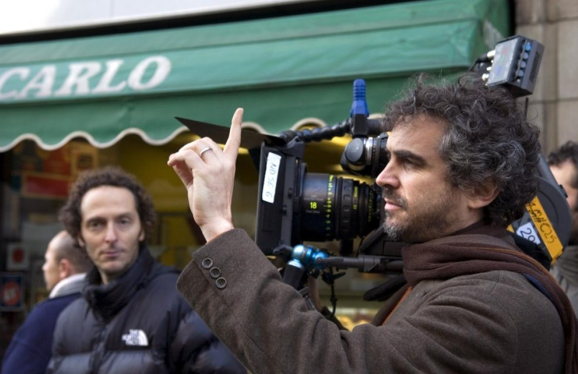 'Children of Men': Alfonso Cuarón's Bleak but Genius Vision of the Past, Present and the Future