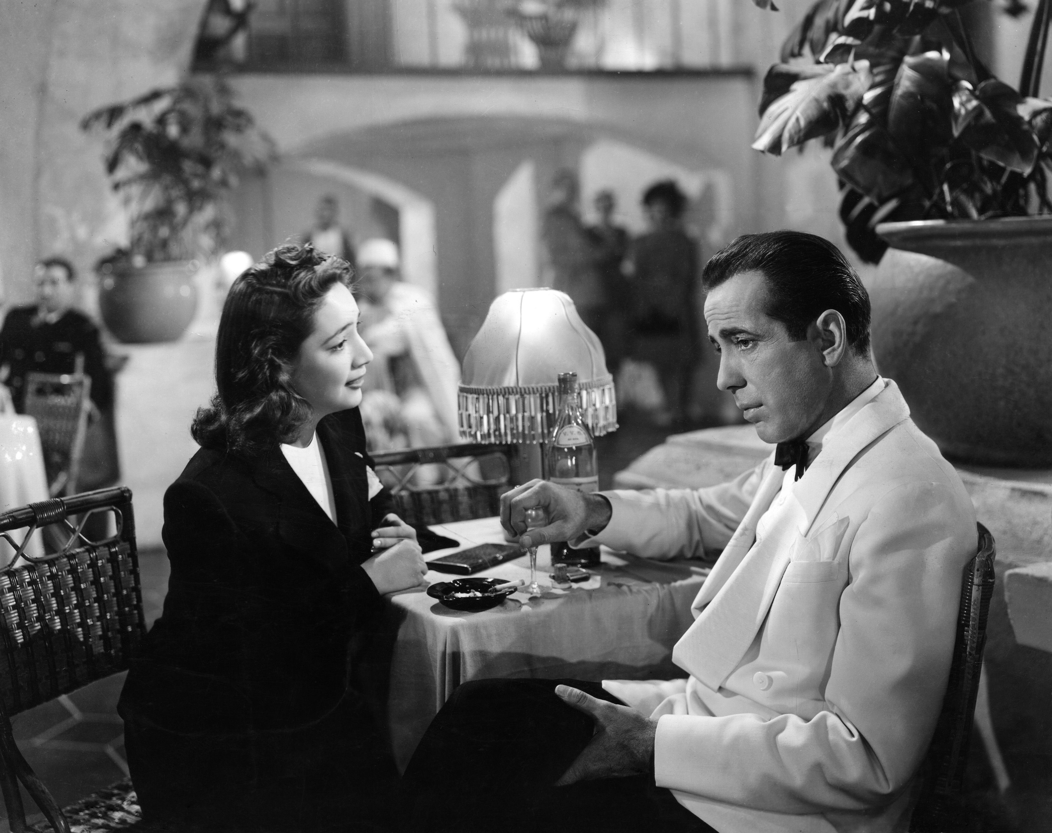 an analysis of the topic of the movie casablanca The masterpiece of cinematography - the movie casablanca still touches the depth of souls of all people having a chance to watch it movie analysis casablanca is an opportunity to open and show broadness of plot and invaluable talent of director - michael curtis.