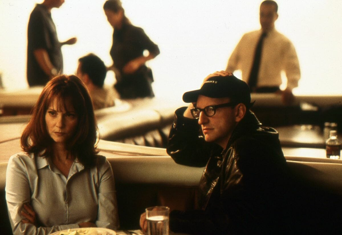 """""""Bide Your Time and Everything Becomes Clear"""": The Construction of Memory in Soderbergh's 'The Limey'"""