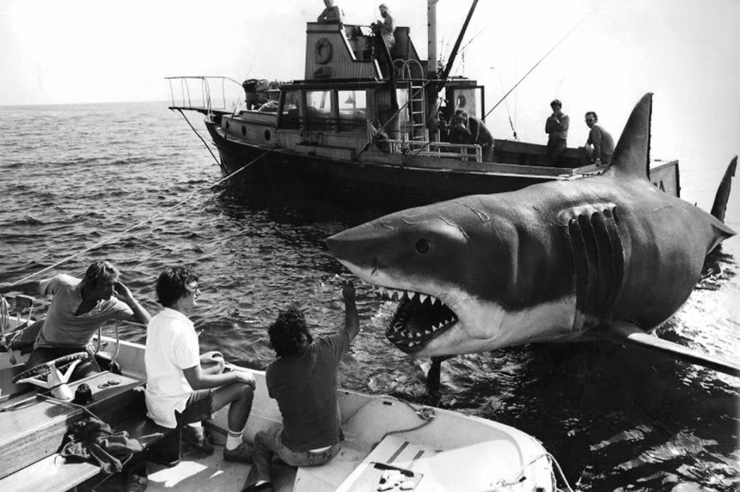 Jaws Mens Cool Waves Tank Top