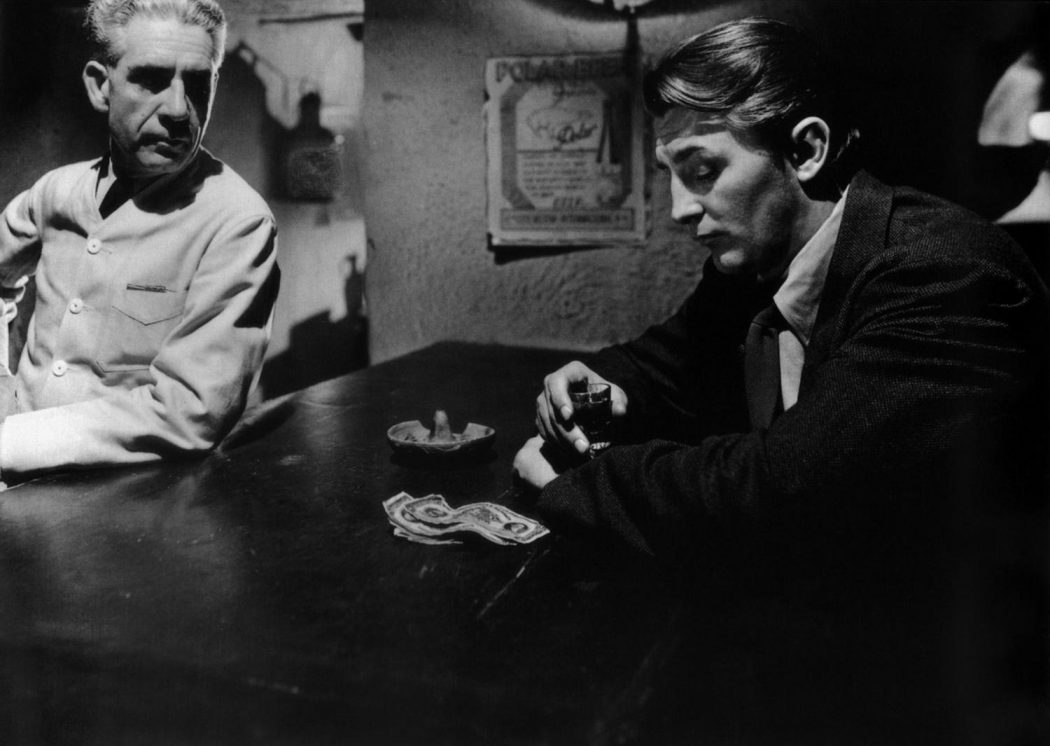 Out of the Past': The Quintessential Film Noir that Launched Robert Mitchum  and Kirk Douglas' Careers • Cinephilia & Beyond